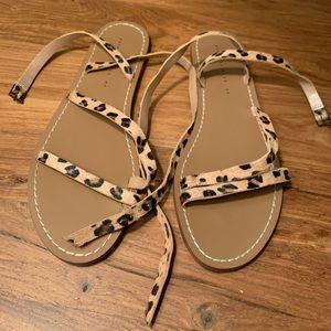Zara like-new Sandals with straps sz 40